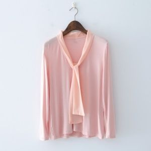 V-neck neck bow front tie long sleeve top